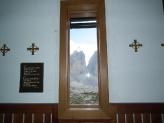 14-Blick durch Kapellenfenster