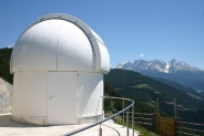 10-Sonnenobservatorium mit Rosengartengebirge