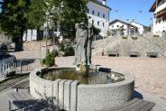 08-Brunnen