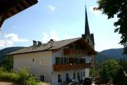 08-Haus Valentin bei Pfarrkirche