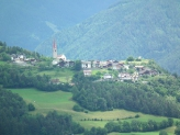 02-Feldthurns mit Kirche