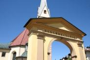 14-Kircheneingang