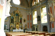 37-Kirche Seitenaltar