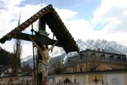 14-Wegkreuz bei Pfarrkirche
